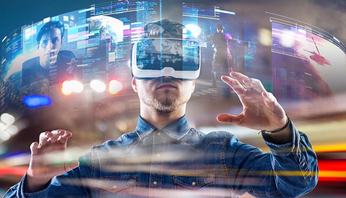 1.Growth of Augmented & Virtual Reality:
